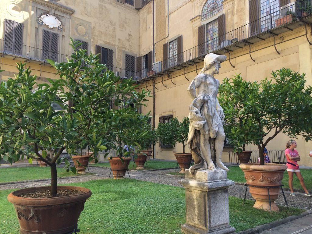 medici-riccardi-garden