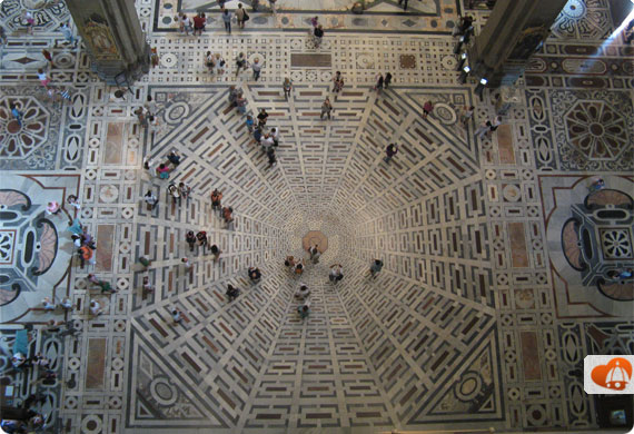 Florence Duomo - the inside and its mosaic pavement
