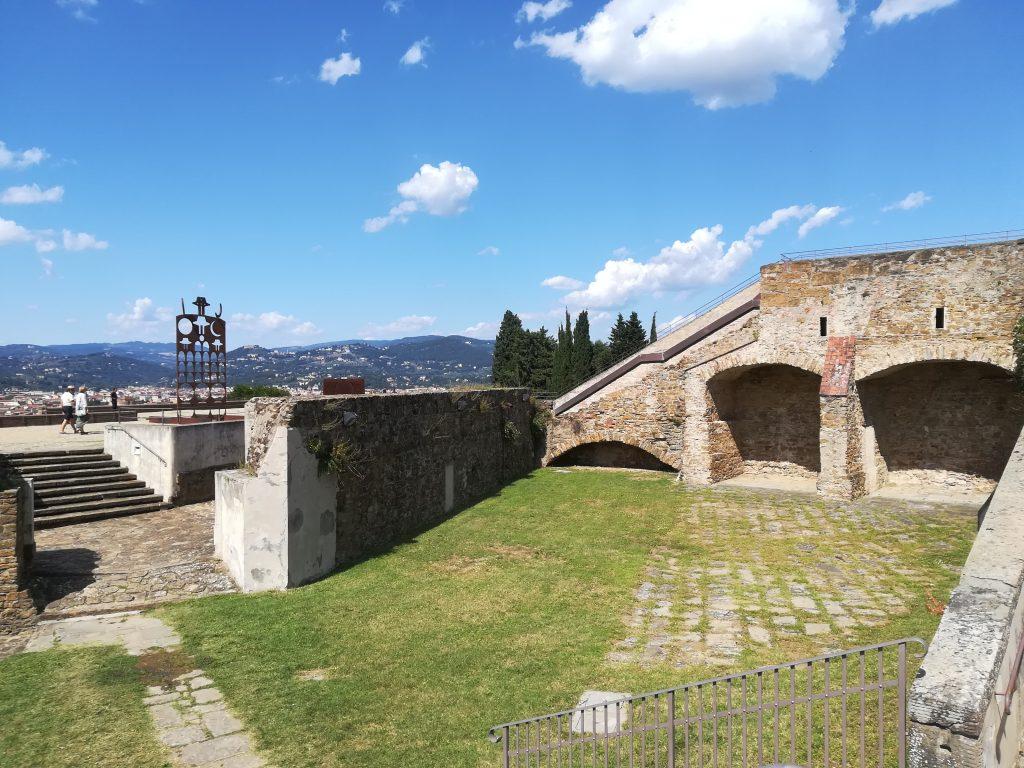 Eliseo Mattiacci alla Fortezza di Belvedere